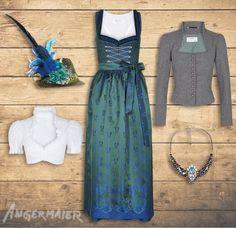 Weinachtlich in Tannengrün und kräftigem Blau #dirndlsandra #angermaier #trachtenangermaier #dirndl #tradtition #tracht #fashion #jankersalzburg