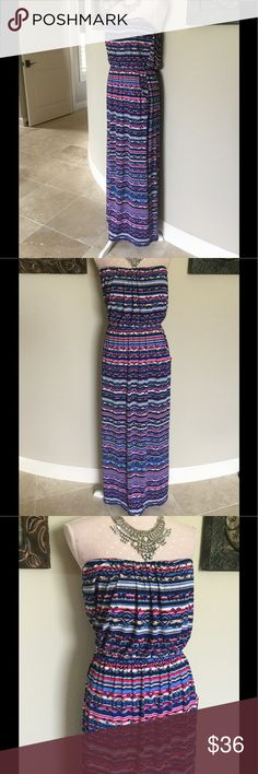 """Three Pink Hearts Trixxi Strapless Maxi Size XL Three Pink Hearts Trixxi Strapless Maxi Size XL EUC, double pockets, measures 50"""" perfect to pair with wedges for a clean summer look Trixxi Dresses Strapless"""