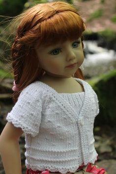 Petit haut pour poupée - modèle tricot gratuit Plus