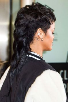 Filed under looks only Rihanna can wear: The fashion mullet.