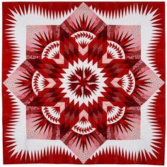 Large Quilts, 1st Place: Red Star by Gerrie Thompson.  2013 Northwest Quilting Expo.