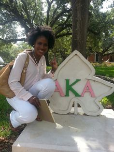 """""""Tree Pose"""" at Prairie View A & M University. Alpha Kappa Alpha Sorority, Sorority Life, Graduation 2015, Ivy Park, Historical Pictures, Graduate School, Fan Girl, Pink And Green, Pretty Girls"""