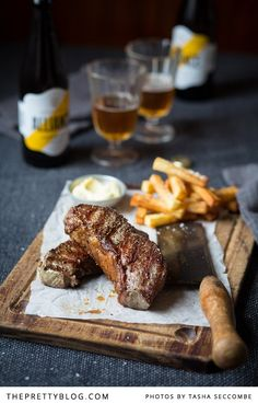 Steak & Chips with Garlic Mayonnaise