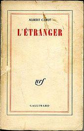 """#Der_Fremde – Wikipedia """"Der Fremde (franz. L'Étranger) ist ein Roman des französischen Schriftstellers und Philosophen Albert Camus. Er erschien 1942 im Pariser Verlagshaus Gallimard. Der Text ist eines der Hauptwerke der Philosophie des #Existentialismus ."""""""