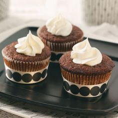 It doesn't just have to be gingerbread cookies, try these #holiday #gingerbread #cupcakes