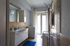Bathroom in BB Appia Davila25