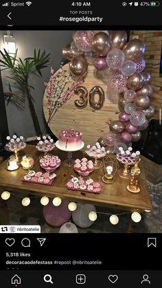 5 clever ideas to prepare the nursery. 30th Birthday Themes, Birthday Goals, Birthday Balloon Decorations, Birthday Balloons, 30th Party, 30th Birthday Parties, 30th Anniversary Parties, Pink Party Decorations, 40th Birthday Decorations