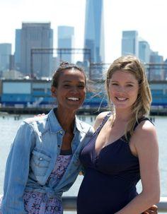 Pour la naissance de son deuxième enfant, Doutzen Kroes a décidé de faire de sa grossesse un événement caritatif, avec l'aide du top éthiopien Liya Kebede. Celle-ci a imaginé un projet virtuel original : une fête prénatale pour son amie. Mais cette cérémonie a surtout pour but de recueillir des dons afin de réduire les risques sanitaires lors des accouchements en Afrique. http://www.elle.fr/Mode/Les-news-mode/Autres-news/Participez-a-la-baby-shower-virtuelle-de-Doutzen-Kroes-2712194