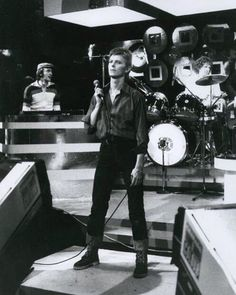 david on marc bolan's show 77'