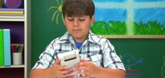 Crianças não se entendem muito bem com o Game Boy; assista