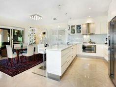 Modern kitchen-dining kitchen design using floorboards - Kitchen Photo 336205