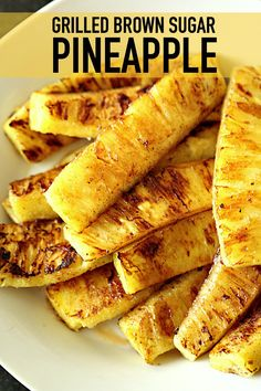 4 Points About Vintage And Standard Elizabethan Cooking Recipes! Grilled Caramelized Brown Sugar Pineapple Six Sisters' Stuff Juicy Pineapple Coated With Brown Sugar, Cinnamon, And Honey Grilled To Perfection - This Is Just Like The Grilled Pineapple They Fruit Recipes, Dessert Recipes, Dessert Food, Pineapple Recipes Snacks, Recipies, Grilling Recipes, Cooking Recipes, Grilling Ideas, Budget Recipes