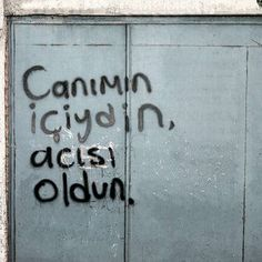 Turkish Language, Dont You Know, I Am Sad, Literature Books, Sad Life, Real Love, Im Happy, Wallpaper Quotes, Cool Words