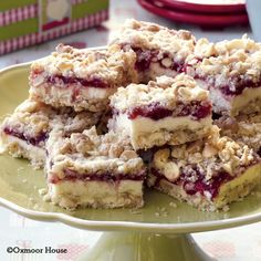 Gooseberry Patch Recipes: Cheesecake Cranberry Bars