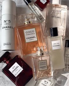 """The bottle of CHANEL Coco Mademoiselle Intense Perfum is a """"warm, soft and feminine ambery accord with Venezuelan tonka bean and Madagascan vanilla height Perfume Scents, Perfume Bottles, Perfume Tray, Perfume Fragrance, Fragrance Mist, Parfum Mademoiselle, Parfum Chanel, Chanel Chanel, Dior Perfume"""