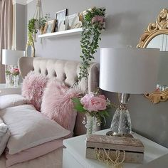 Gold Bedroom, Small Room Bedroom, Room Ideas Bedroom, Home Decor Bedroom, Pink Home Decor, Bedroom Decor For Teen Girls, Girl Bedroom Designs, Pink Bedrooms, Cute Room Decor