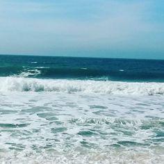 O deserto e a solidão. Um deserto cheio de vida e uma solidão cheia de movimento. O inverno pode ser tbm um belo espetáculo da natureza. #praiasdesc #praiagrande #governadorcelsoramos #armaçaodapiedade #paraiso #paradise #paradiseishere #beach #armacaobeach #winteriscoming #winter