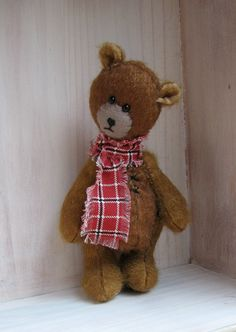 PDF Pattern for Flat Head Artist Teddy Bear by Woollybuttbears, $9.00