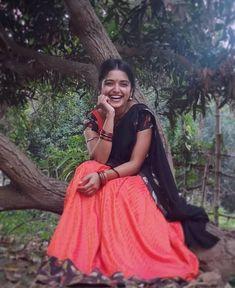A Kerala Village Beauty Korean Beauty Girls, Beauty Full Girl, Beauty Women, South Indian Actress Photo, Indian Actress Photos, Indian Natural Beauty, Indian Beauty Saree, Beautiful Girl Indian, Most Beautiful Indian Actress