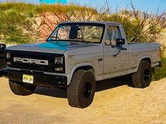A Brief History Of Ford Trucks – Best Worst Car Insurance Classic Ford Trucks, Ford 4x4, Ford Pickup Trucks, Car Ford, Ford Bronco, Classic Cars, Cool Trucks, Big Trucks, Lifted Trucks