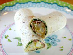 Makkelijke wraps met rosbief, eiersalade en veldsla