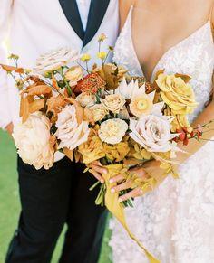 Wedding Trends, Wedding Designs, Wedding Blog, Fall Wedding, Wedding Ceremony, Fall Dates, Fruity Cocktails, Yellow Wedding, Spring And Fall