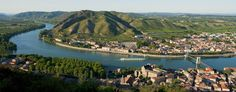 Tournon-sur-Rhône is a pretty village on the edge of the river Rhône. A walk…