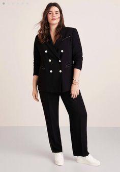 Violeta by Mango blazer zwart Modern Suits, Formal Suits, Blazers For Women, Suits For Women, Suits And Sneakers, Plus Size Suits, 80s Fashion, Womens Fashion, Black Suits