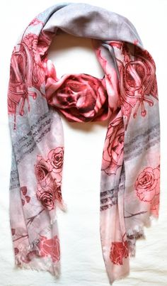 https://www.cityblis.com/item/6001+ SCARF+-+ROSE+AND+LION+-+$80+by+sasha+berry+ Color+:+Rose+  Size:+90*200cm  