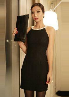 Luxury Pearl Decoration Collar Black Sheath Dress For