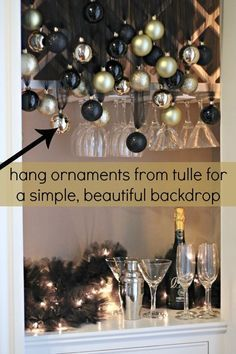 Simple Budget-Friendly NYE Decorations Simple Budget-Friendly black and gold party decorations plus a source for tulle! Source by trendytree Black And Gold Party Decorations, New Years Decorations, Birthday Decorations, Masquerade Party Decorations, Diy 1920s Decorations, Diy Christmas Party Decorations, Company Christmas Party Ideas, Tulle Decorations, Black Gold Party