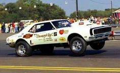 Throwback Thursday: It& a Grumpy Kind of Day - Chevy Hardcore 1968 Camaro, Chevrolet Camaro, Chevelle Ss, Nhra Drag Racing, Nascar Racing, Auto Racing, Chevy Muscle Cars, Old Race Cars, Vintage Race Car