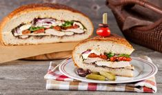 Pic-nic menu-Family-Sized Grilled Chicken Picnic Sandwich - In the Kitchen with Stefano Faita Picnic Sandwiches, Wrap Sandwiches, Chicken Broccoli Pasta, Grilled Chicken, Rhubarb Bbq Sauce, Pain Garni, Roasted Grape Tomatoes, Bacon Mashed Potatoes, Grilled Sardines