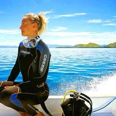 We don't always post pictures of divers but when we do it's because the background scenery is just perfect and this image captures that #perfect #serenity before you get into the #water to go #diving.  @m_kristiina
