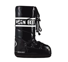 Moonboots noires vynil http://www.vogue.fr/mode/shopping/diaporama/shopping-ski/11263/image/660249#moonboots-noires-vynil