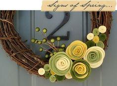 wonderful wreaths. by hsimitoski