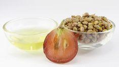 10 самых полезных для человека семян: Семена чиа Зерна граната Семена льна  Семена тыквы Семена абрикоса  Семена кунжута Семечки подсолнечника Семена кумина Виноградные косточки
