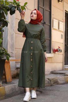 - Women's style: Patterns of sustainability Hijab Fashion Summer, Modest Fashion Hijab, Fashion Outfits, Muslim Women Fashion, Islamic Fashion, Mode Abaya, Mode Hijab, Pakistani Dresses Casual, Pakistani Dress Design