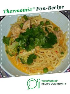Red Thai Chicken Curry with Noodles by Louise MacDonald - Consultant. A Thermomix <sup>®</sup> recipe in the category Main dishes - meat on www.recipecommunity.com.au, the Thermomix <sup>®</sup> Community.