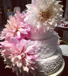 Le Cirque wedding cake .. colors esplosion .. www.lecirquefirenze.fr #cateringsehatjakarta  #lecirquefirenze.fr #banqueting #bride #chef #cake #cateringsehat #weddingplanner #weddingplanners #weddingplannerindia #weddingplanneritaly #weddingplannerslife #weddingplannerdubai #weddingplannerparis #weddingplannermiami #weddingplannerfirenze #weddingplannertuscany #weddingplannerflorence #comunedifirenze #wp #banchetto #ricevimenti #americanbar #party #pasticceria #pasticere #castellon