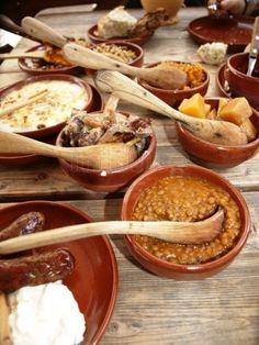 Moose, boar, berries and mushrooms in one of Tallinn, Estonia's famous medieval restaurants. Pureed Food Recipes, Cooking Recipes, Viking Food, Medieval Recipes, Good Food, Yummy Food, Cata, Fish Dishes, Tudor
