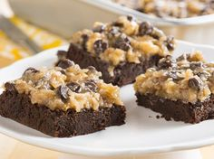 Looking for a dessert made using Betty Crocker® Gluten Free brownie mix? Then check out this chocolate brownie that's topped with coconut and pecan frosting. German Desserts, Just Desserts, Delicious Desserts, Dessert Recipes, Dessert Bars, Yummy Recipes, Sweet Recipes, Potluck Desserts, German Recipes