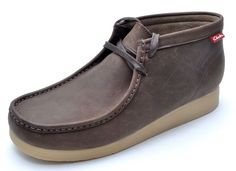 Clarks STINSON HI Brown Oily Leather Chukka Ankle Boots Men's 9.5 - NEW #Clarks #AnkleBoots