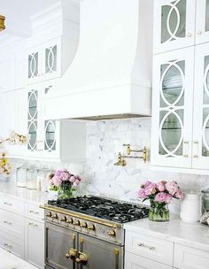 Cleaning Marble Countertops Bathroom Fresh Tips for Caring for Your Marble Counter tops How to Clean Best Kitchen Designs, Modern Kitchen Design, Interior Design Kitchen, Home Design, Design Ideas, White Kitchen Backsplash, All White Kitchen, Backsplash Ideas, Country Kitchen