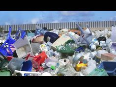 Recycle plastic waste into gasoline, diesel and kerosine! Our Planet, Our World, People Around The World, Around The Worlds, Plastic Problems, Plastic Waste, Plastic Bags, Plastic Bottle, Circular Economy