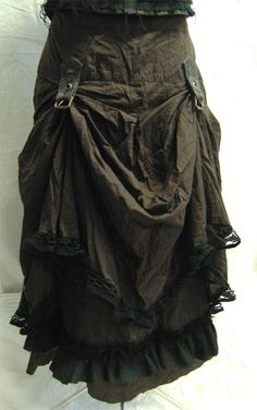 steampunk bustle skirt front on2