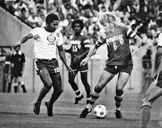 Eusebio (10), Mark Lindsay (15) and Rodney Marsh (6). 1976 Toronto Metros-Croatia vs. Tampa Bay Rowdies