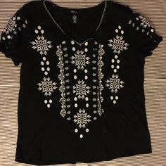 Style Co. Embroidered Peasant Top NWOT Black top with white Embroidery Style & Co Tops Tees - Short Sleeve