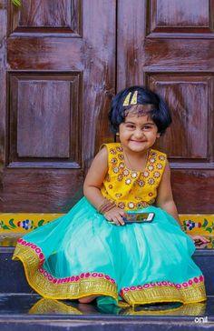 Kids lehenga Mommy Daughter Dresses, Toddler Girl Outfits, Little Girl Dresses, Toddler Dress, Kids Outfits, Girls Dresses, Kids Ethnic Wear, Kids Frocks Design, Baby Girl Dress Patterns
