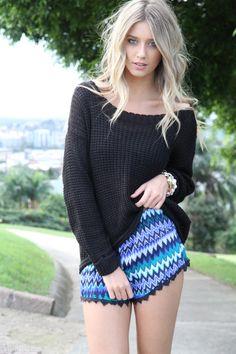 Sexy Style fashion black shorts blonde hair